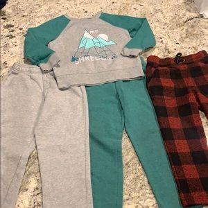Boys Sweats lots with 3 pants and 1 sweatshirt.